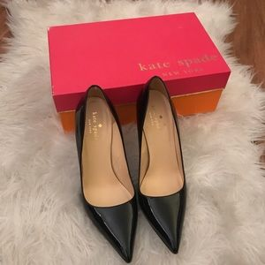 Pristine Kate Spade patent leather pumps